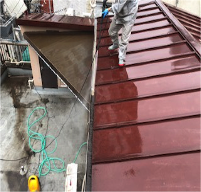 東京港区Nマンション外壁防水工事 屋根 洗浄