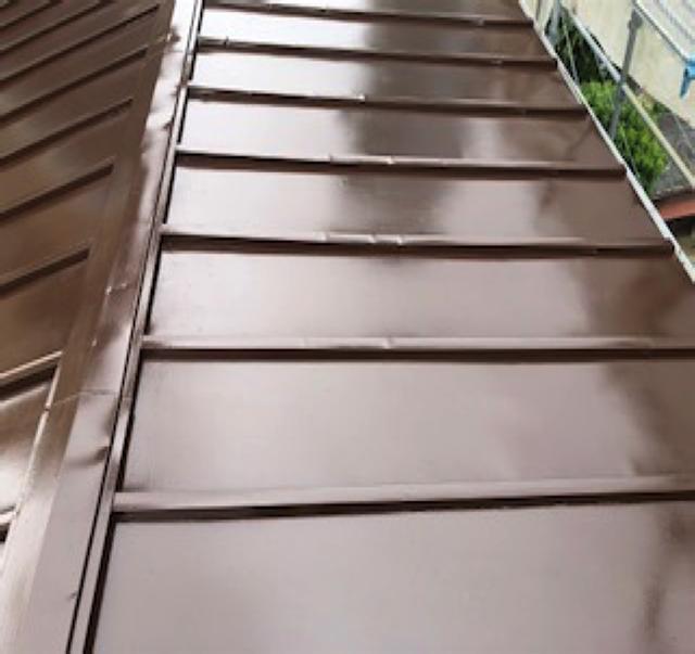 東京港区Nマンション外壁防水工事 屋根 上塗り