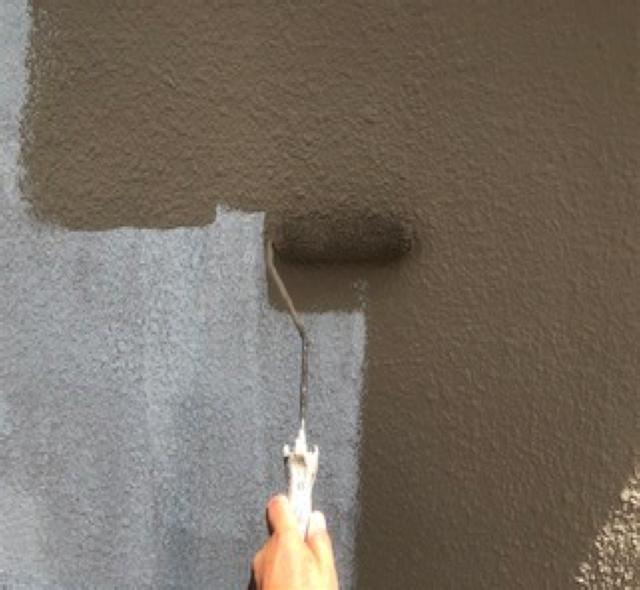 東京港区Nマンション外壁防水工事 下塗り