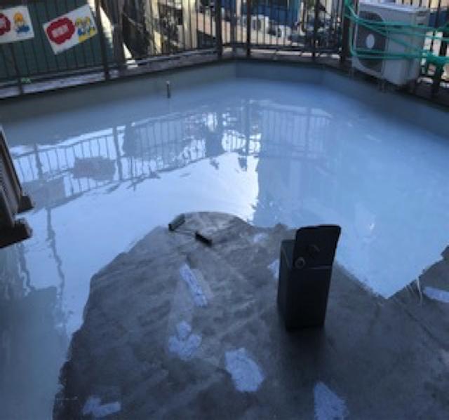 東京港区Nマンション外壁防水工事 屋上 ウレタン防水一層目
